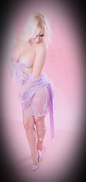 Violaine adult dating & outcall escort
