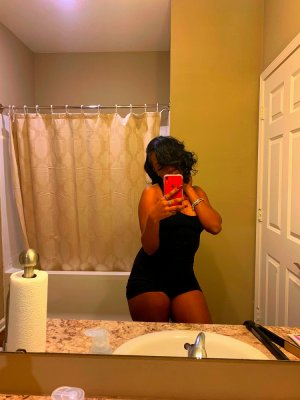 Evangelyne casual sex in La Quinta CA & outcall escorts