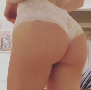 Gretchen escort girl in Sedro-Woolley